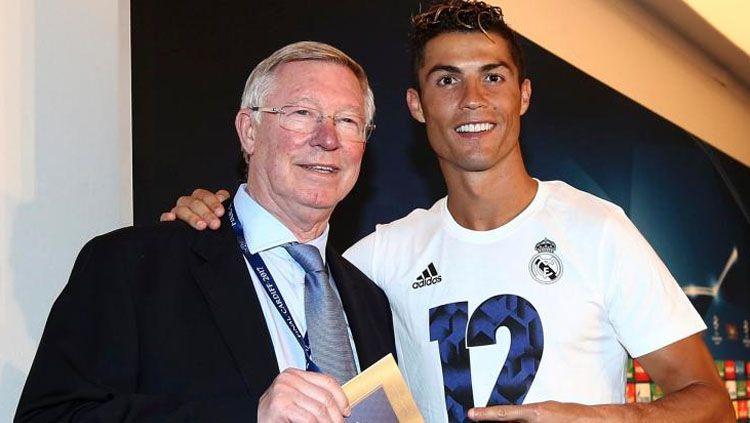 Cristiano Ronaldo dan Sir Alex Ferguson. Copyright: The Sun