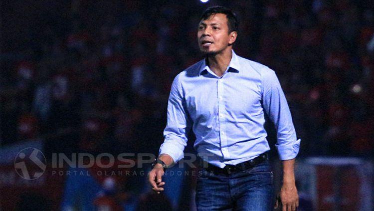 Bejo Sugiantoro beri pesan khusus untuk anaknya yang tergabung di Timnas U-19. Copyright: © Indosport/Ian Setiawan