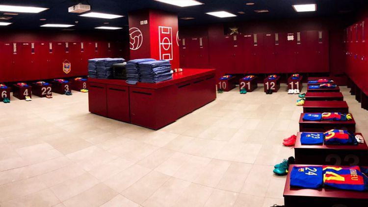 Ilustrasi ruang ganti olahraga. Copyright: © twitter@Barcelona