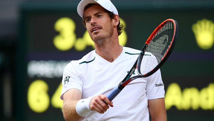 Andy Murray harus tumbang di babak perempatfinal Wimbledon 2017. Copyright: © INDOSPORT