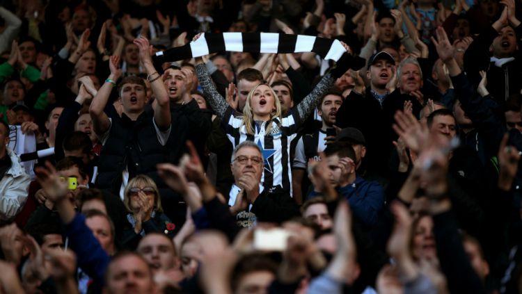 Newcastle United kabarnya diminati salah satu konglomerat Arab, Sheik Khaled bin Zayed Al Nehayan, yang merupakan saudara pemilik Manchester City. Copyright: © Chronicle Live