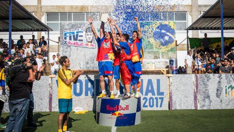 Romania berhasil menjadi juara di Neymar Jr Five jilid kedua. Copyright: © redbull.com
