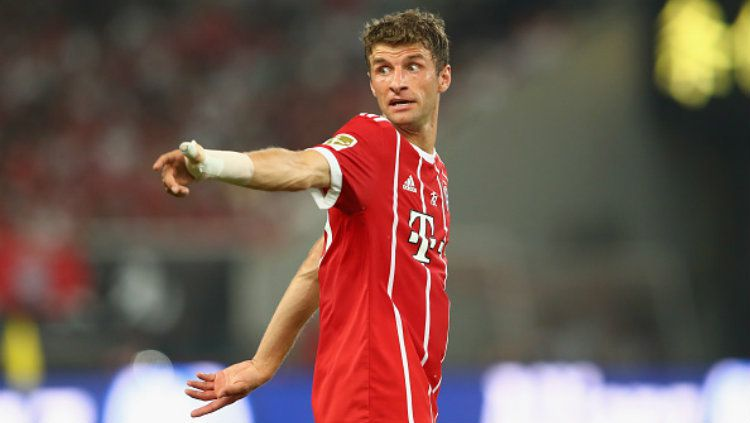 Thomas Muller catat rekor penting usai pertandingan Piala Super Eropa antara Bayern Munchen vs Sevilla, Jumat (25/09/20) dini hari WIB. Copyright: © Alexander Hassenstein/Bongarts/Getty Images