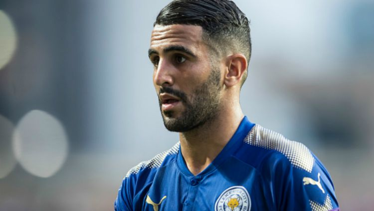 Riyad Mahrez, gelandang serang Leicester City. Copyright: © INDOSPORT