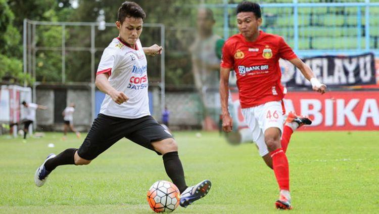 Dias Angga Putra (kiri) dan Dendi Sulistyawan. Copyright: © Istimewa
