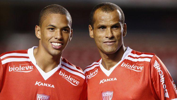 Dua anak legenda sepak bola Brasil yakni Rivaldinho dan Romarinho tertarik untuk bermain di ASEAN. Copyright: © ESPNFC