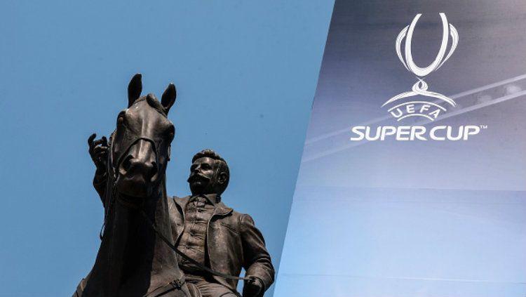 Fan Zone untuk Piala Super Eropa. Copyright: © Indosport