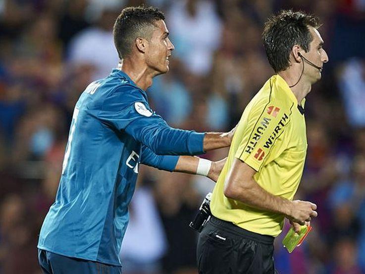 Kartu Merah Ronaldo dan 5 Tingkah Konyol Berbuah Sanksi