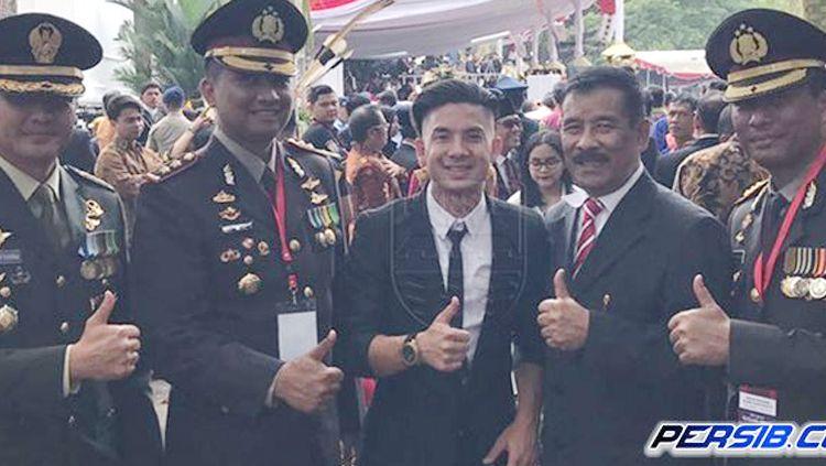 Kim Kurniawan dan Umuh Muchtar. Copyright: © persib.co.id