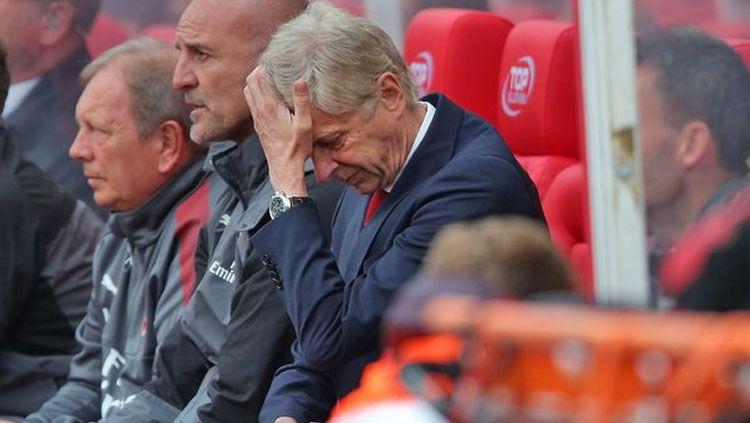 Pelatih Arsenal, Arsene Wenger. Copyright: © mirror.co.uk