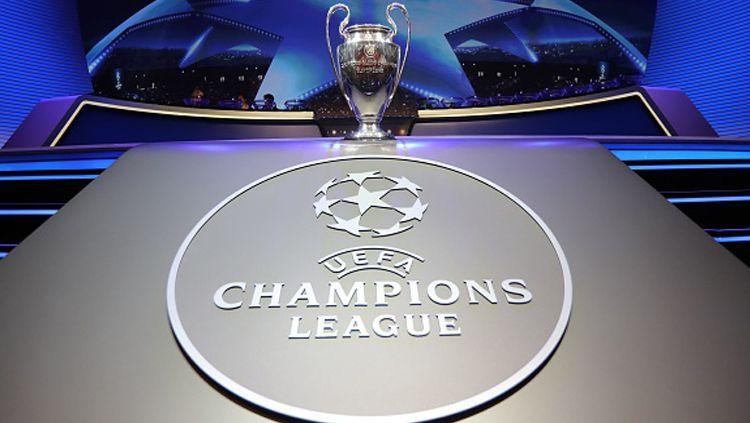 Trofi Liga Champions. Copyright: © INDOSPORT