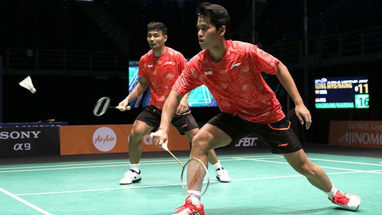 Ganda putra Indonesia, Berry Angriawan dan Hardianto, merupakan salah satu pasangan yang berhasil melangkahkan kaki di semifinal Indonesian Masters 2019. Copyright: © HUMAS PBSI