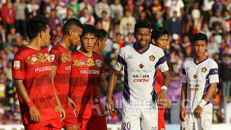 Persik Kediri sukses tumbangkan Kalteng Putra pada lanjutan laga Liga 2. Copyright: © Ian Setiawan/Indosport