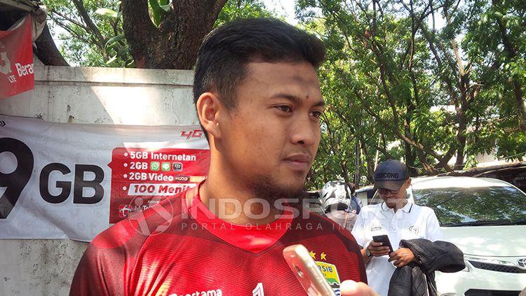 Salah satu kiper Persib Bandung, Muhammad Natshir. Copyright: © Arif Rahman/INDOSPORT
