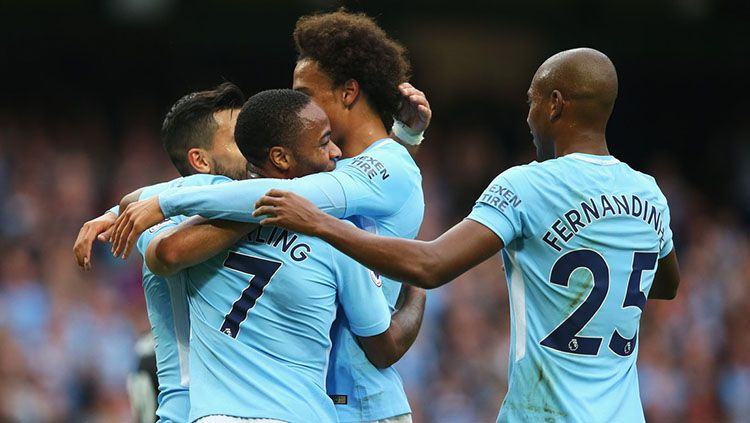 Selebrasi pemain Manchester City. Copyright: © Twitter Squawka News.