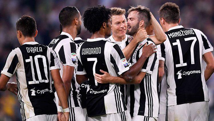 Selebrasi pemain Juventus usai meraih kemenangan 3-0 atas Torino. Copyright: © Twitter Juventus