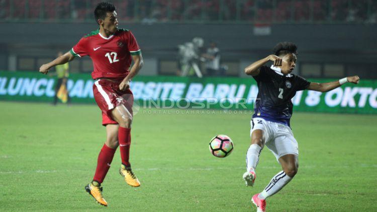 Lerby Eliandry menjadi pencetak gol perdana bagi Timnas Indonesia saat melawan Kamboja. INDOSPORT/Herry Ibrahim Copyright: © INDOSPORT/Herry Ibrahim
