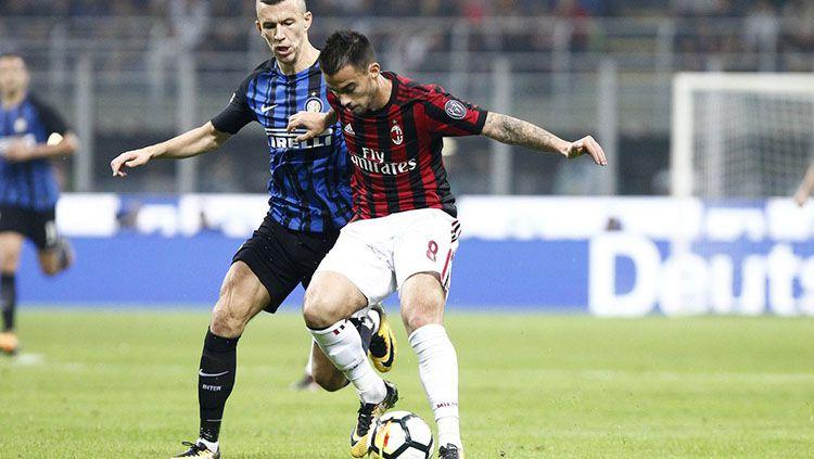 Duo klub Milan dipanggil oleh UEFA untuk bertemu membahas FFP. Copyright: © Twitter/@ACMilan