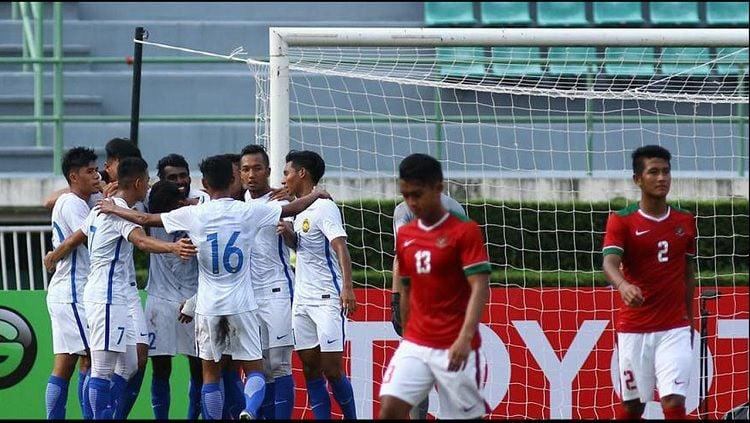 Malaysia u-22 berhasil mengalahkan Timnas Indonesia U-22 di Kualifikasi Piala Asia U-23. Copyright: © fam.org.my