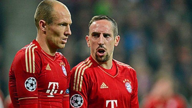 Frank Ribery dan Arjen Robben saat bertengkar Copyright: © INTERNET