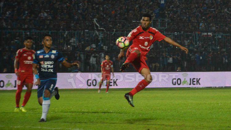 Arema FC vs Semen Padang. Copyright: © Taufik Hidayat/INDOSPORT
