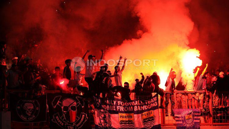 Persipura Jayapura U-19 vs Persib Bandung U-19. Copyright: © INDOSPORT/Herry Ibrahim
