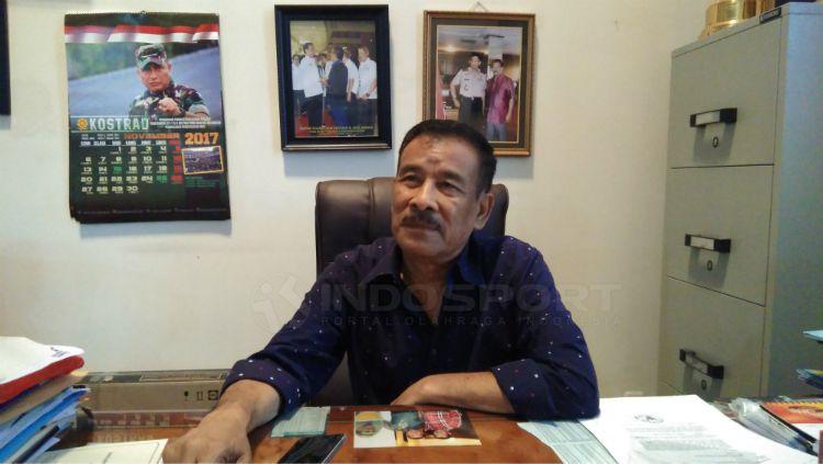 Manajer Persib Bandung, Umuh Muchtar. Copyright: © Gita Agiet/INDOSPORT