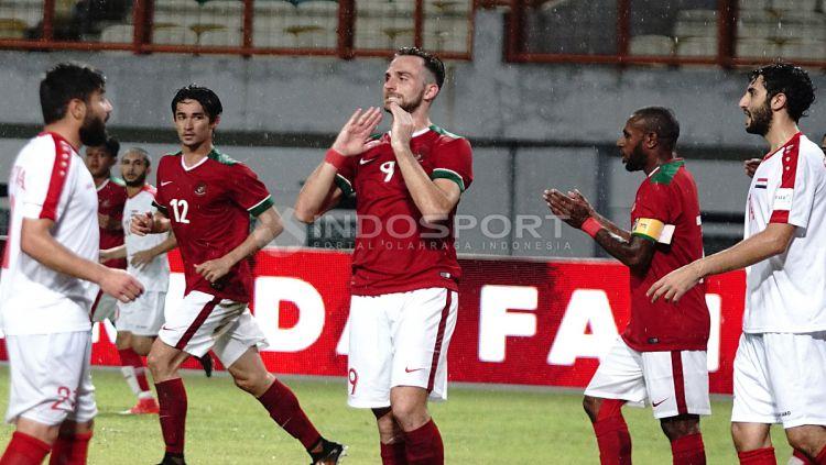 Ekspresi wajah Ilija Spasojevic saat gagal mengamankan peluang. Herry Ibrahim/INDOSPORT Copyright: © Herry Ibrahim/INDOSPORT