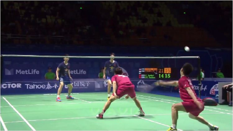 Aksi Kevin/Marcus di China Open 2017 Copyright: © Youtube