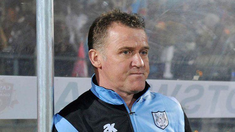 Peter Butler mantan pelatih Timnas Botswana. Copyright: © Istimewa