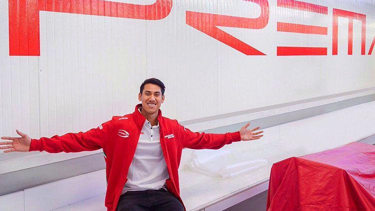 Sean Gelael naik podium di balapan feature Formula 2 di Monaco. Copyright: © sean-gelael.com