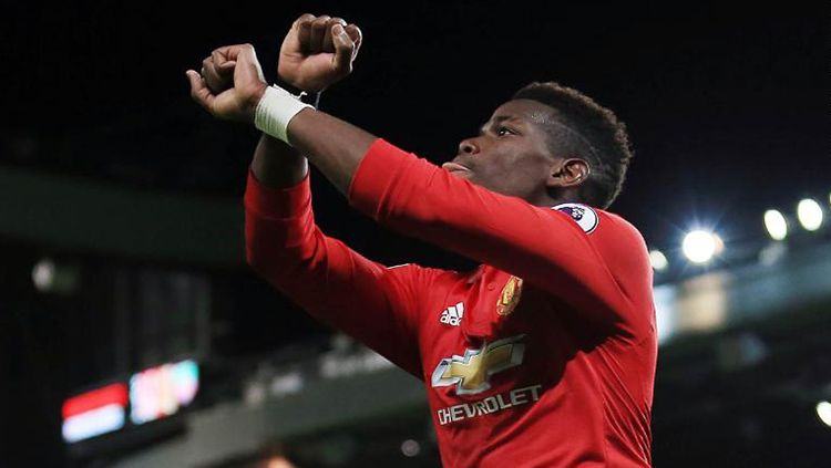 Selebrasi khusus Pogba usai mencetak gol ke gawang Newcastle United. Copyright: © CNN