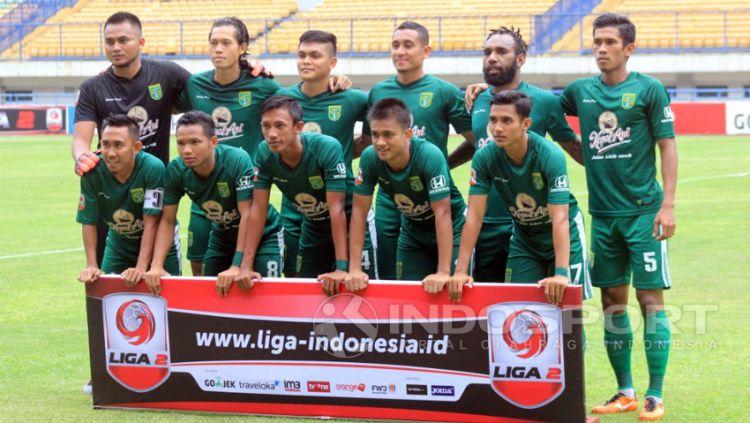 Persebaya vs PSMP. Copyright: © Arif Rahman/Indosport.com