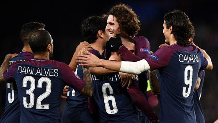 Para pemain Paris Saint-Germain berselebrasi. Copyright: © INDOSPORT