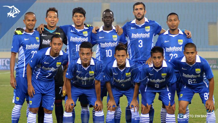 Klub ternama Liga 1 Persib Bandung nyatanya punya kenangan pahit saat menjalani babak play-off Liga Champions Asia 2015 lalu. Copyright: © Simaung