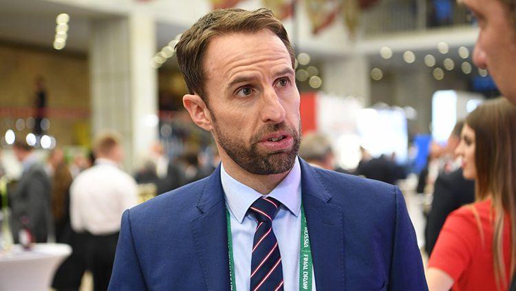 Sejumlah tamu undangan sudah hadi di Istana Kremlin, salah satunya pelatih Timnas Inggris, Gareth Southgate. Copyright: © @FIFAWorldCup