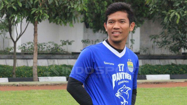 Eka Ramdani melakukan latihan bersama Persib Bandung. Copyright: © Arif Rahman/INDOSPORT