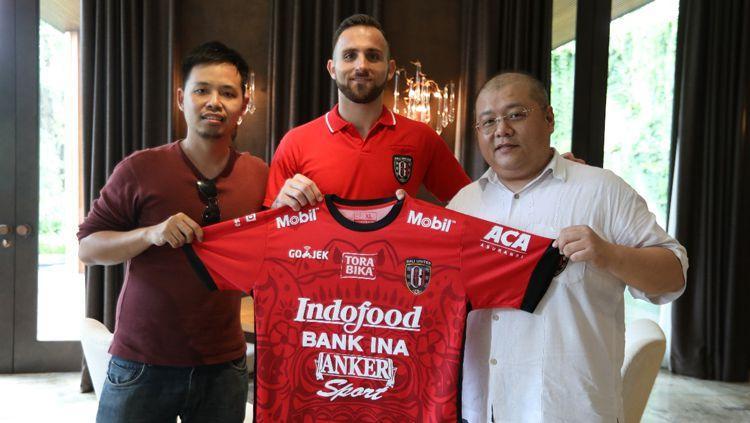 Ilija Spasojevic resmi gabung Bali United. Copyright: © baliutd