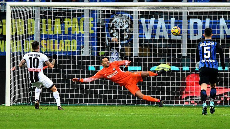 Inter Milan vs Udinese. Copyright: © INDOSPORT