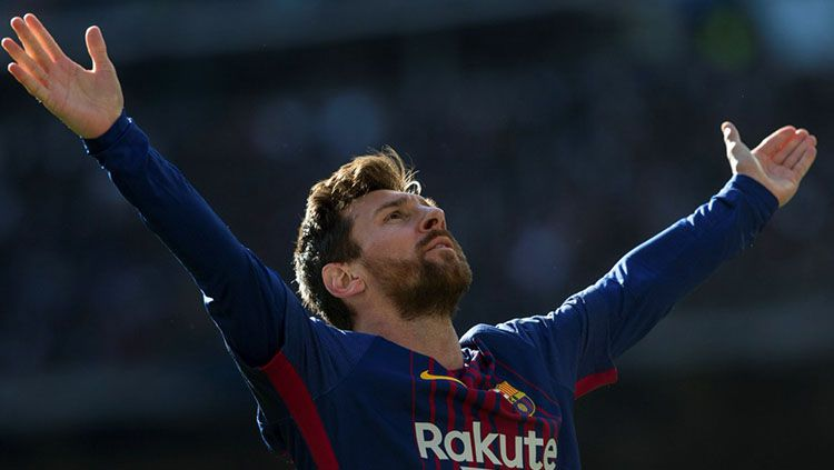 Selebrasi Lionel Messi di laga El Clasico. Copyright: © Twitter/@LaLigaEN