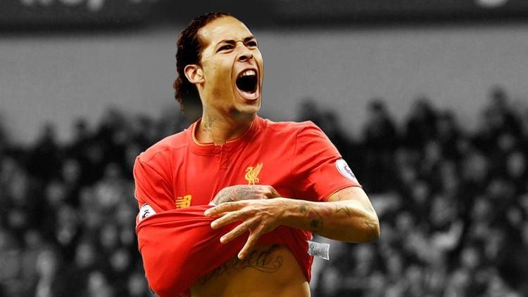 Virgil Van Dijk resmi gabung Liverpool. Copyright: © Grafis: Eli Suhaeli/INDOSPORT