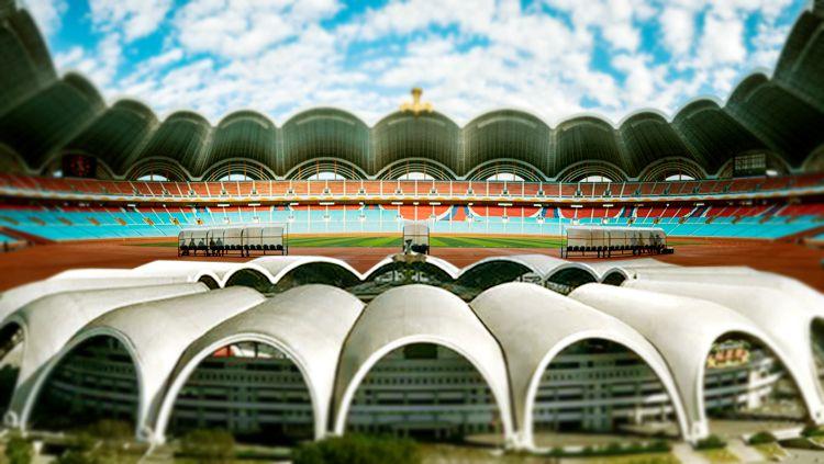 Rungrado 1st of May Stadium di Korea Utara. Copyright: © Grafis: Eli Suhaeli/INDOSPORT