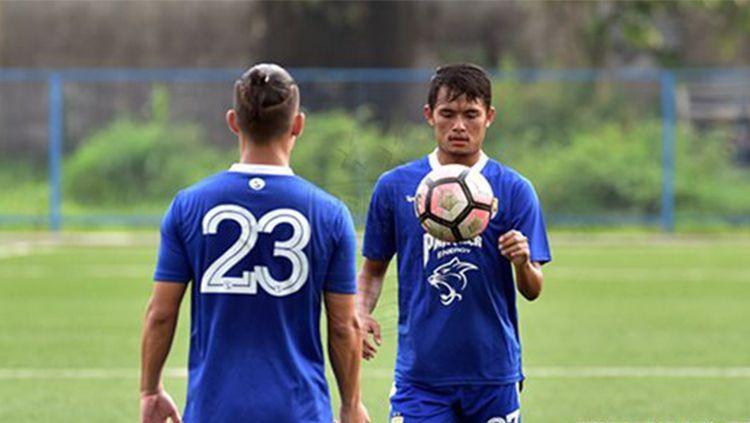 Kim Jeffrey Kurniawan dan Puja Abdillah pemain Persib Bandung Copyright: © Istimewa