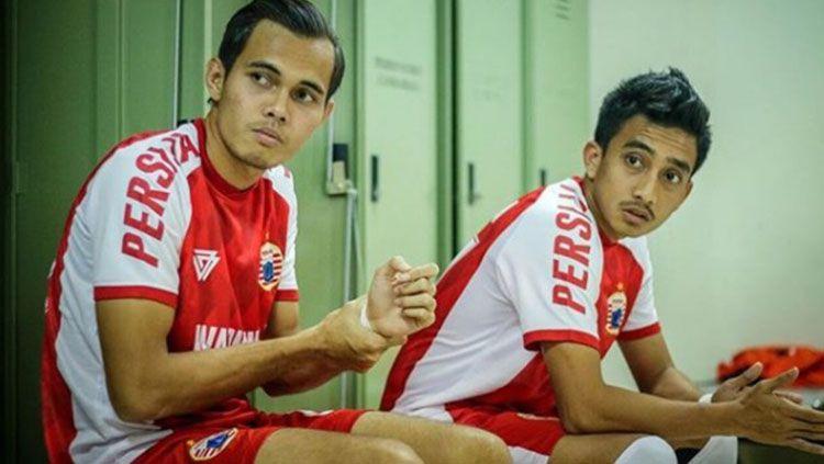 Rezaldi Hehanusa dan Fitra Ridwan saat berada di ruang ganti Persija. Copyright: © Instagram@fitraridwans