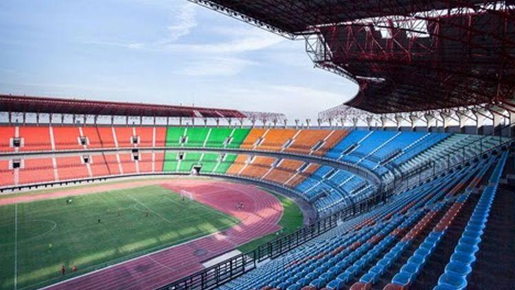 Stadion Gelora Bung Tomo, markas Persebaya Surabaya pada Rabu (18/09/19) lalu didatangi oleh perwakilan FIFA. Copyright: © stadionesia.blogspot