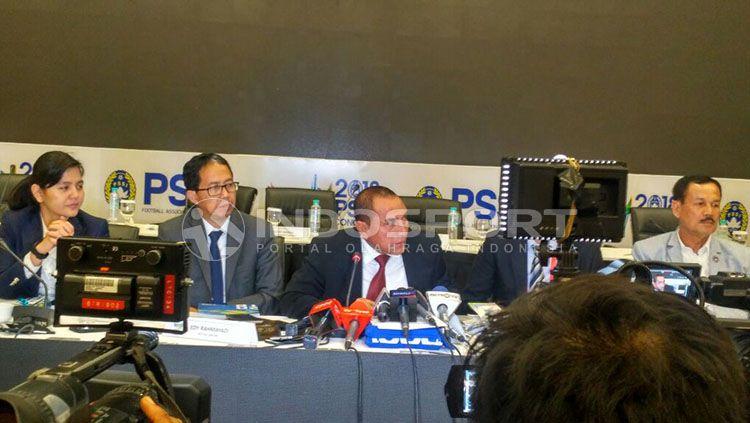 PSSI pastikan ada 3 strata dalam kompetisi musim 2018. Copyright: © Indosport/Petrus Manus Da' Yerimon