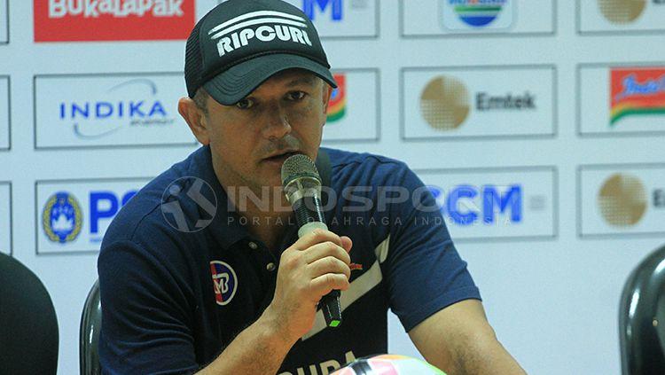 Pelatih Madura United. Gomes De Oliviera. Copyright: © Ian Setiawan/INDOSPORT