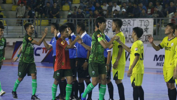 Vamos Mataram vs Dumai FC. Copyright: © Media FFI