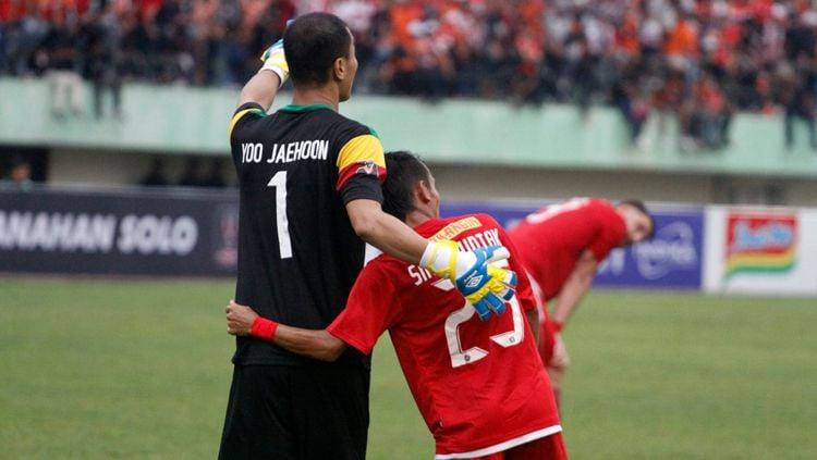 Riko Simanjuntak dan Yoo Jaehoon. Copyright: © Media Persija