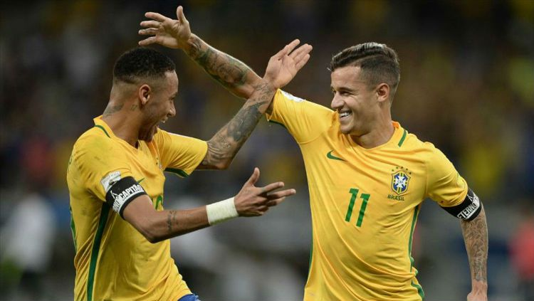 Neymar dan Coutinho saat membela timnas Brazil Copyright: © sport.es